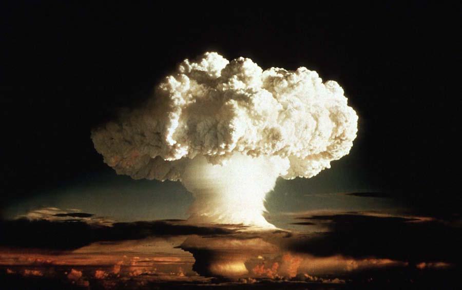 水爆実験の威力や範囲や仕組みは...
